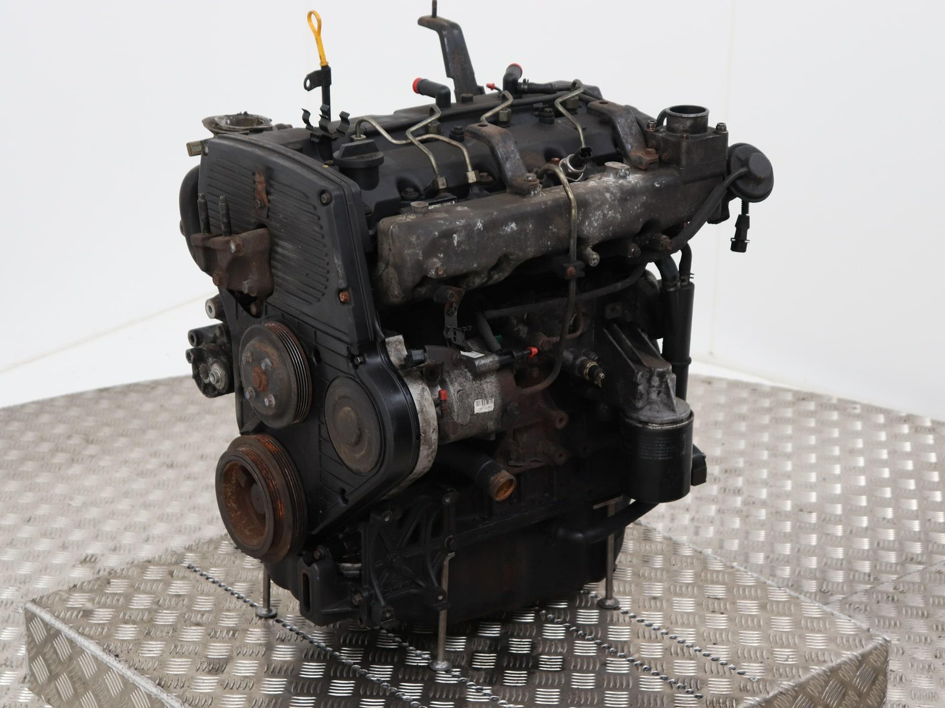 Gebruikte Kia Carnival  Sedona Ii  Fib  Fld  2 9 Hpdi 16v Motor - K0aj302200 J3