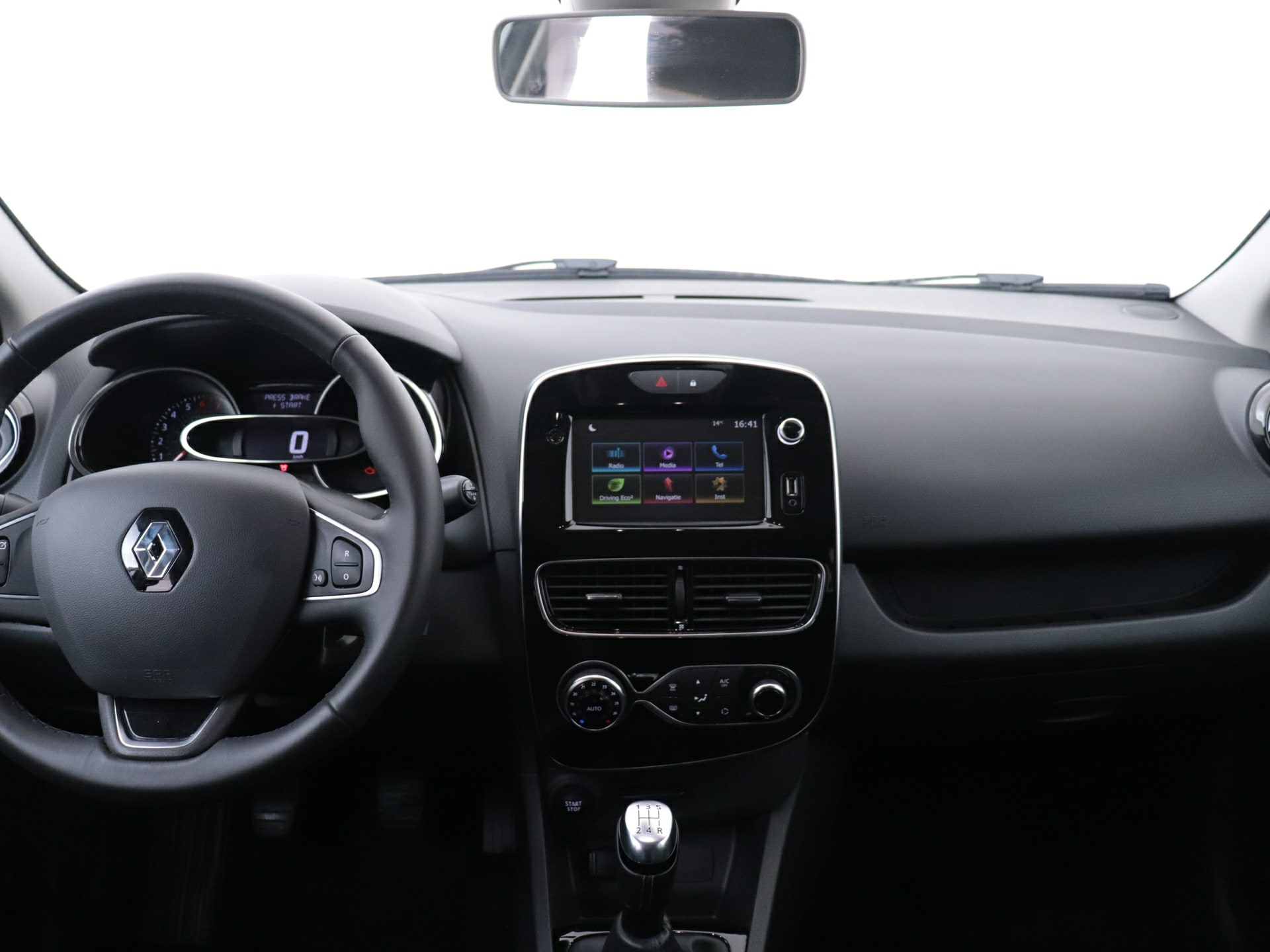 Renault Clio Estate 0.9 TCE 90PK van CarSelexy.